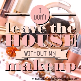 Makeup is one of my favorite daily rituals. Although, it's fun to go makeup-less every now and again ;)